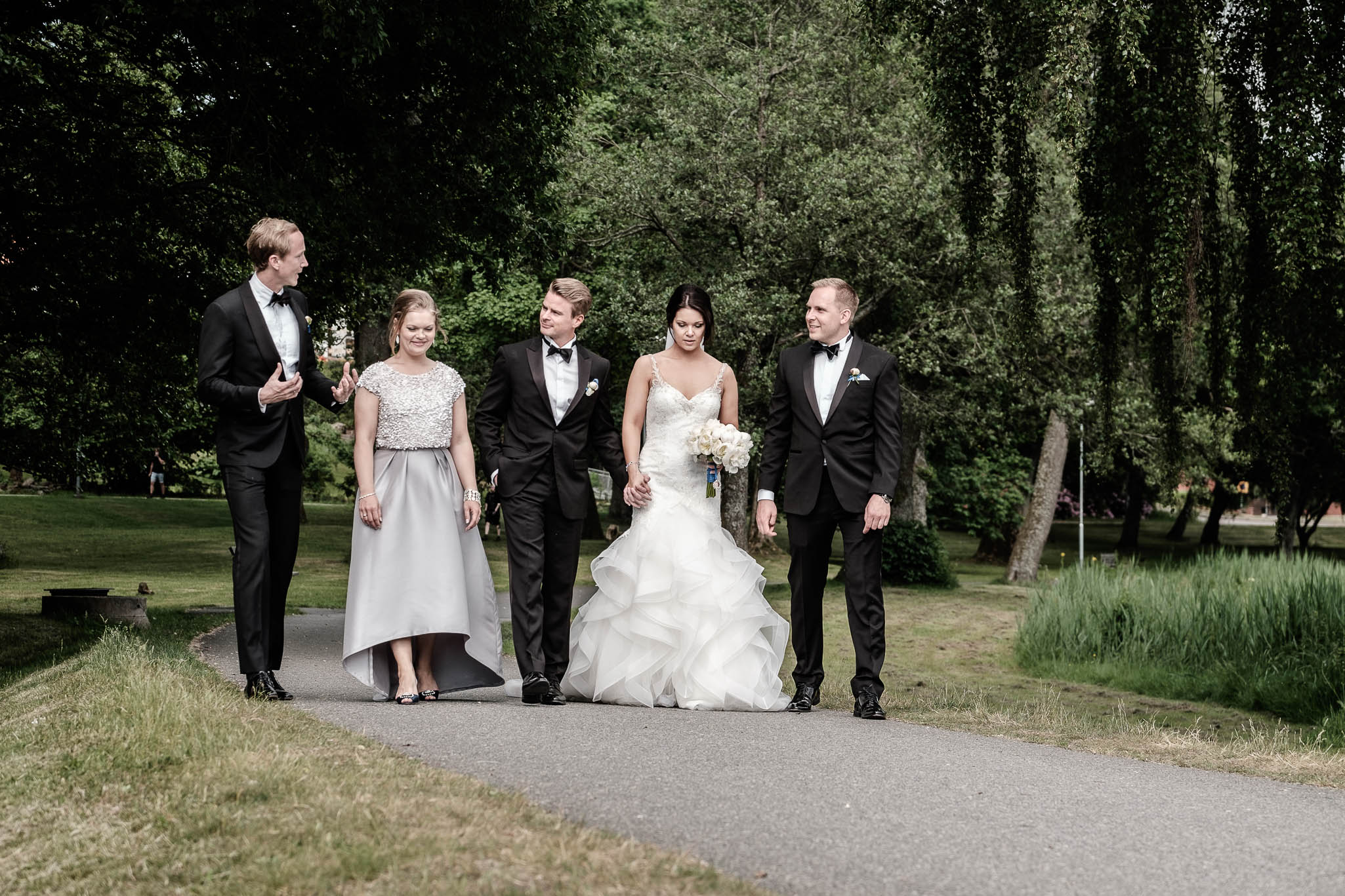 Click to enlarge image linnchristin-andreas-hallsnas-ottossonphoto-1023.jpg